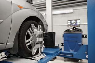 Balanceamento e geometria: conheça a importância desses serviços na revisão do seu carro